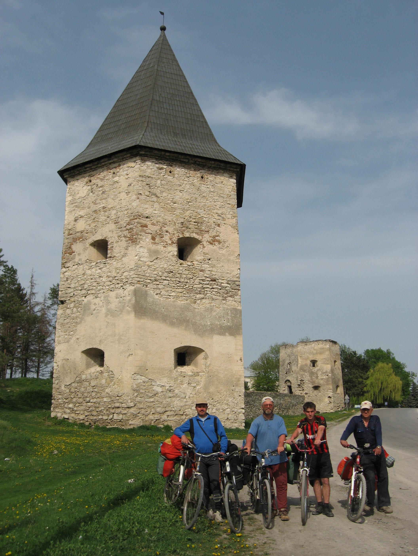 Велопоход по замкам Подолья. Маршрут поход проходил по трем...